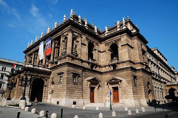 布拉格城堡 奥特莱斯 奥签 游 苏州团队旅游 公司旅游报价 三三旅游网高清图片