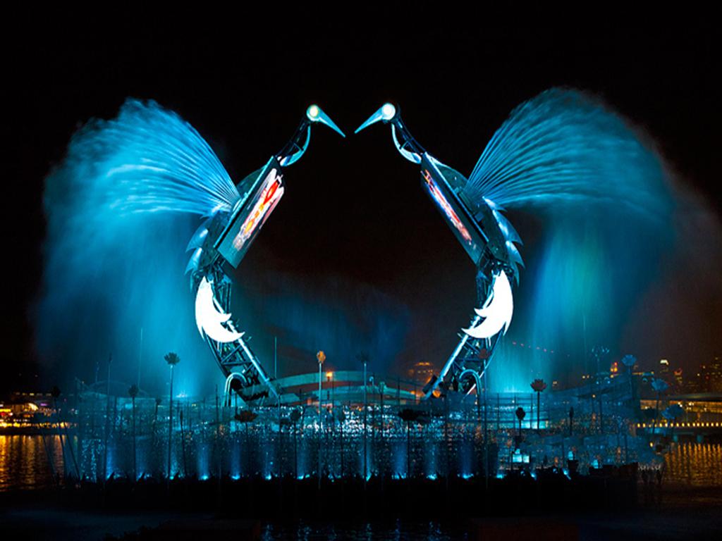 【海底世界】,【海豚乐园】与动物们一起欢歌;你也可以登上【鱼尾狮塔