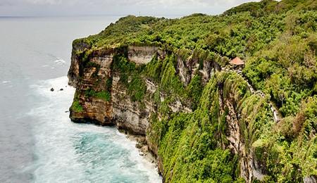 """巴厘岛有""""spa天堂""""的美称,这里的spa使用特有天然芳草和香料植物所制"""