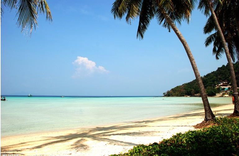 泰国 普吉岛 芽庄 巴厘岛  建议至少提前3  天预订  出发日期: 点击