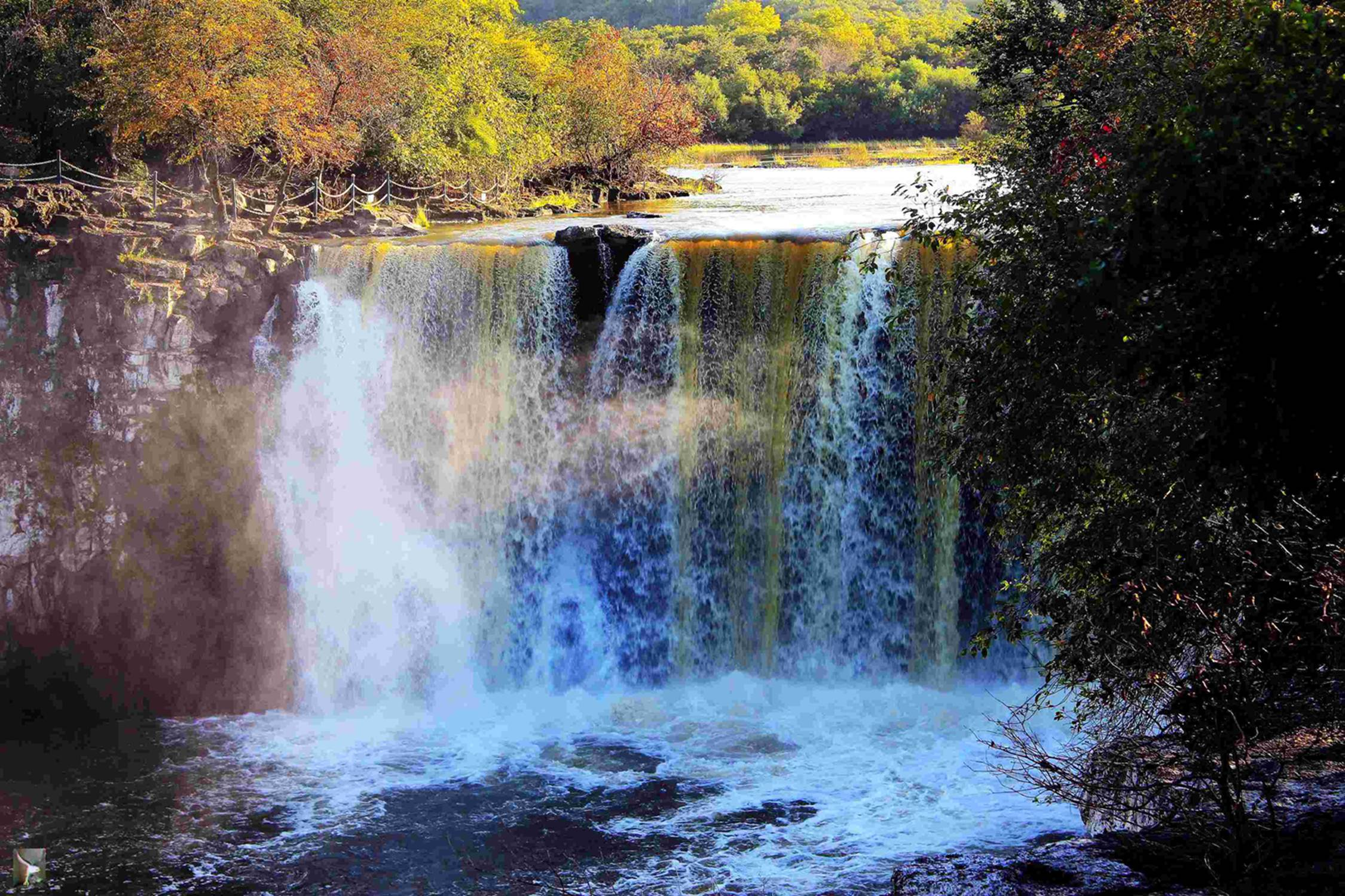 壁纸 风景 旅游 瀑布 山水 桌面 2250_1500