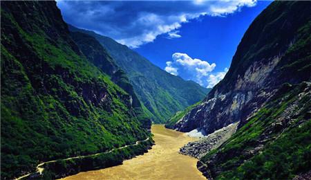 福第家园项目规划区域位于丽江市玉龙县蛇山公园片区.