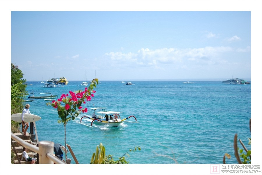 """著名的""""云端漫步私人沙滩"""" ;领略地道各式样出名的巴厘岛spa水疗,品尝"""