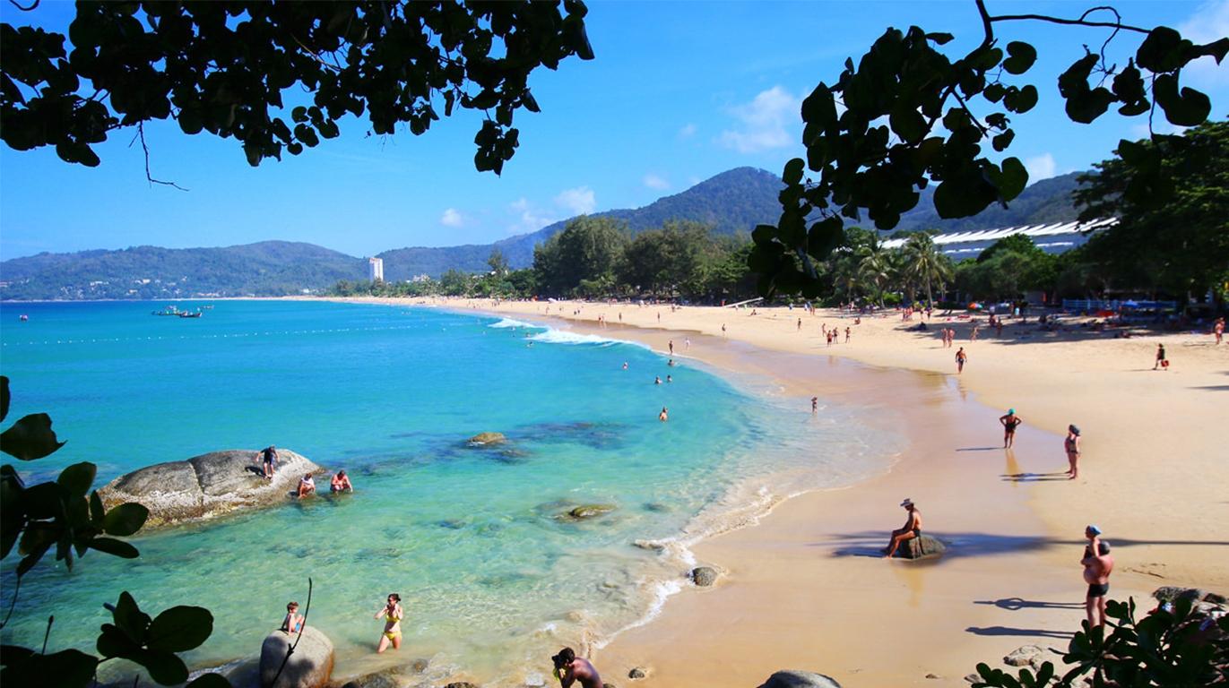 蓬贴海角位于普吉岛的最南端,是普吉岛最著名的一处海景观景点,也是观