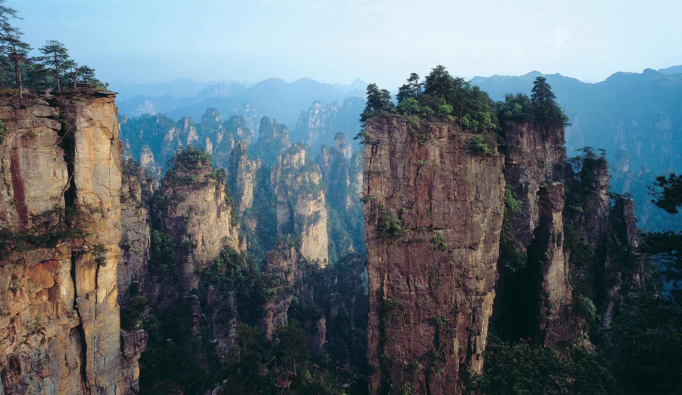 张家界国家森林公园,天门山玻璃栈道,玻璃桥,凤凰古城