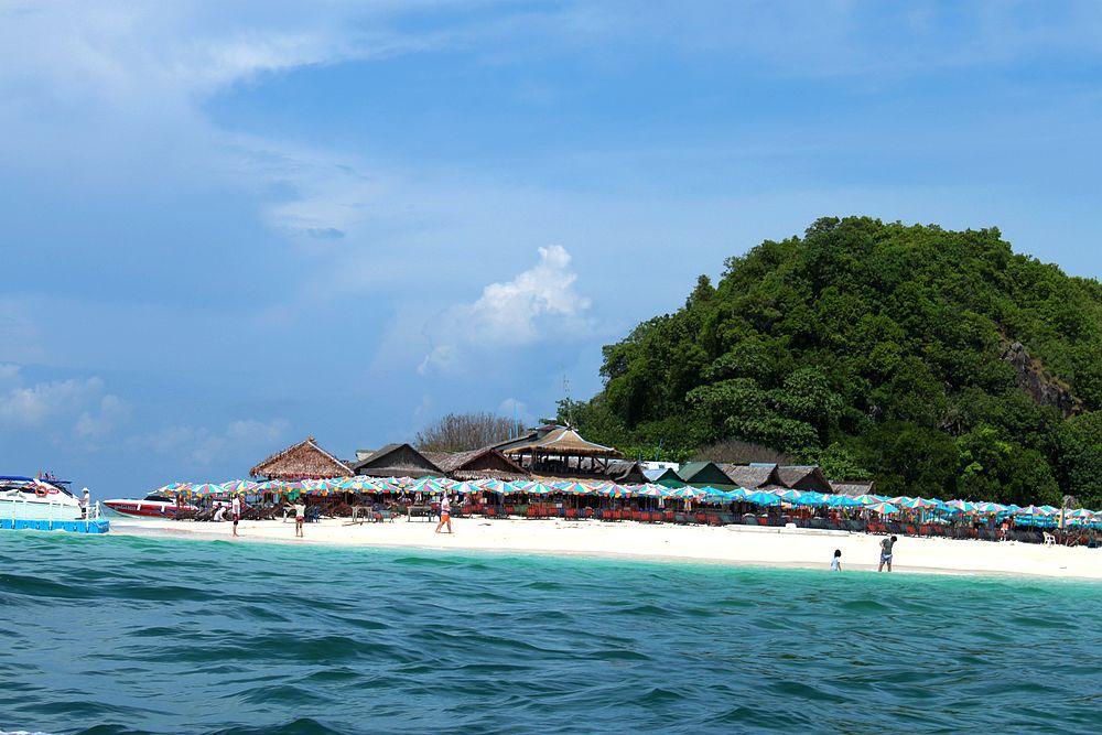 泰国 普吉岛 芽庄 巴厘岛  备注:酒店内小费风俗为:每天20泰铢,一般
