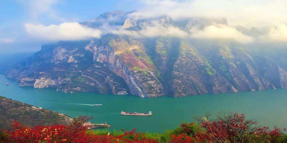 双飞往返 5天4晚 长江三峡 宜昌-重庆(上水)--维多利亚系列游轮 含接送