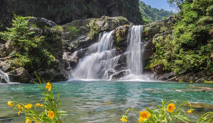 壁纸 风景 旅游 瀑布 山水 桌面 680_392