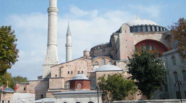 迪拜土耳其埃及18晚20天(EK+全程五星+1晚特色民居+探秘欧非亚中四大秘境)