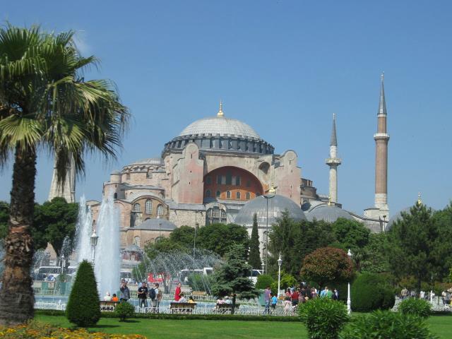 土耳其+阿联酋13晚14天(EK+全程五星+棉花堡温泉酒店+伊斯坦布尔+卡帕多奇亚+迪拜)A行程