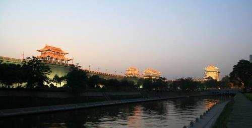 【爸妈游】 西安、兵马俑、华清池、华山2晚5日跟团游(双硬卧,含三餐、纯玩0购物)
