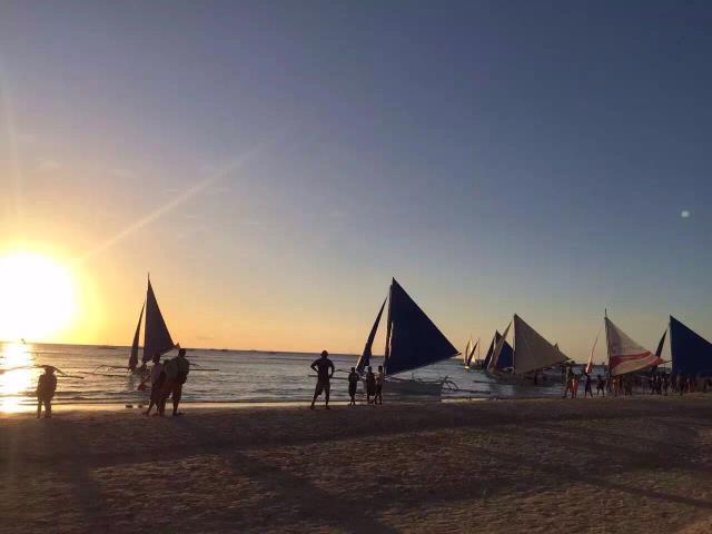 菲律宾长滩岛4晚5日半自助(宿雾航空5J直飞,天堂花园或阿兰达或杜鹃花其他网评4星,赠当地往返接送机,大领队,可升级套餐)