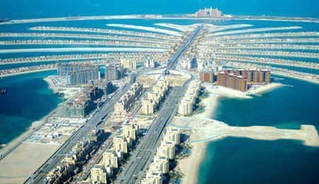 阿联酋4晚5天(EK+全程四星+迪拜+阿布扎比+DUBAI MALL+特色餐)
