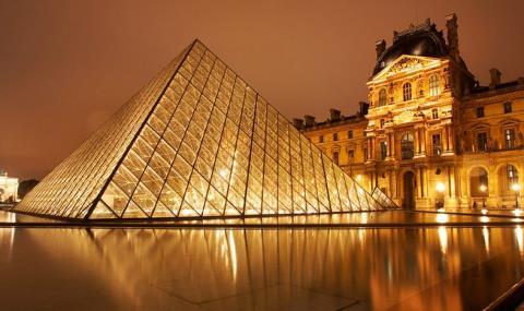 【寒假】【特价机票】法国巴黎14日自由行机票,济南直飞往返含税,可自由搭配周三去周一回的时间,丰富玩乐可选。