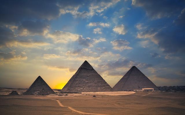 埃及游轮7晚10日游(MS+直飞开罗、全程五星酒店+尼罗河五星游轮、赠送特色烤肉餐+烤鱼餐)