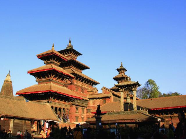 尼泊尔7晚8日游(MU昆明起止可全国联运,2晚五星+2晚博卡拉,奇特旺森林公园、巴德岗皇宫广场、歌舞风味餐、无购物)