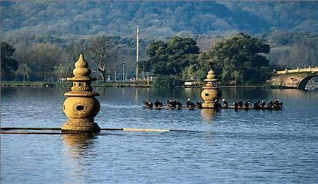 周庄水乡、苏州狮子林、杭州湿地、乌镇古镇3晚4日跟团游
