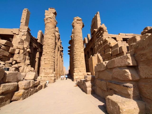 埃及+阿联酋9晚12日经典游(EKA380+全程五星酒店+3晚5星游轮+阿斯旺+卡尔纳克神庙)