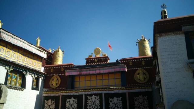 【西藏100%一价全包】西宁、青海湖、拉萨、布达拉宫、林芝、雅鲁藏布大峡谷、羊卓雍错双卧双飞10日游