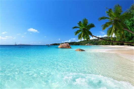 【暑期】塞班岛4晚5日跟团游(3U直飞,珊瑚海度假村/格兰维罗酒店水晶楼或网评同级,含税费,含导游服务费,2人起订)