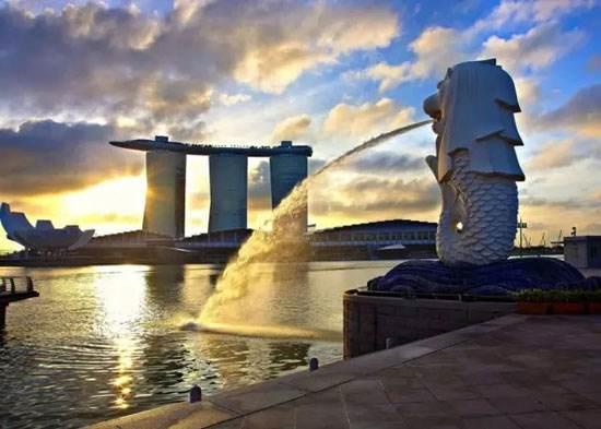 新加坡+马来西亚波德申4晚5日游(广州往返,新入马出、1晚网评4酒店、鱼尾狮公园、面包鸡...)