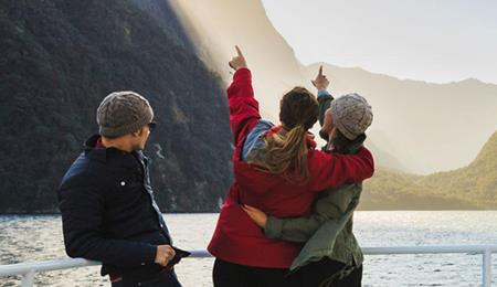 【超值】【全国联运】新西兰南北岛经典12天(东航直飞+冰川游览+库克山国家公园+赫里奇牧场+萤火虫洞)MU